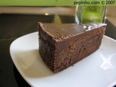TERRINA DE CHOCOLATE CON RUCULA